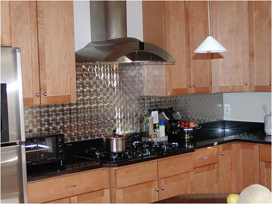 Great Stainless Steel Wall Panels And Splash Guards For A Custom, Top Of The Line  Kitchen